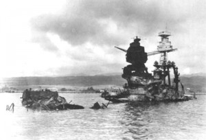 USS_Arizona_from_port_bow.jpg 500*337 pixels